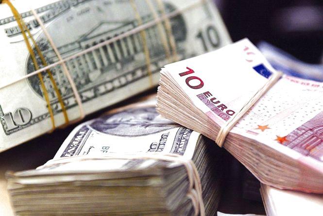 Курс валют на 14 липня: долар та євро влаштовують «качелі»