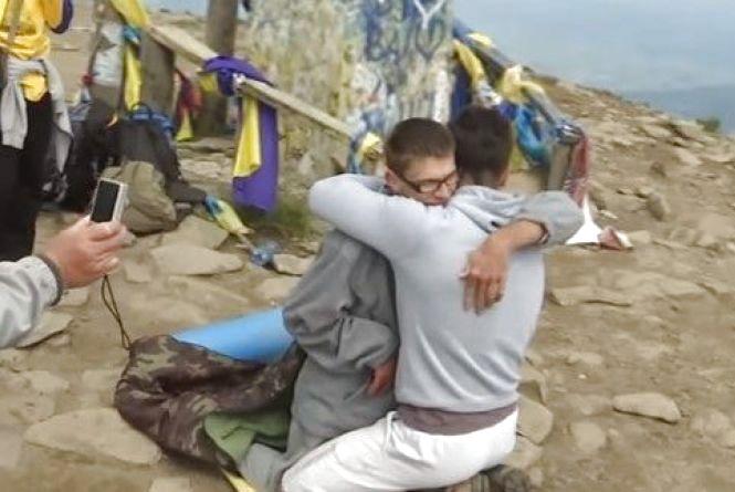 Піднятись на Говерлу: вінничанин-візочник Гоша здійснив свою мрію