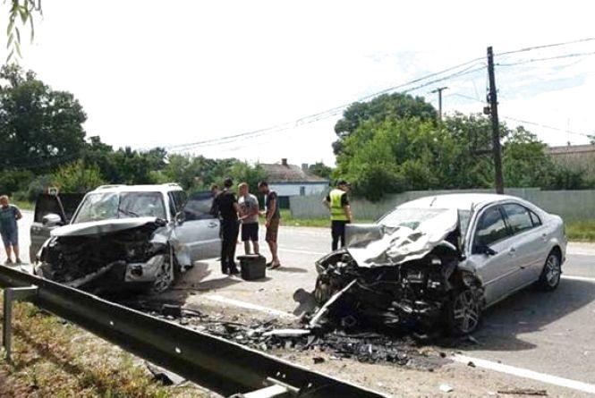 ДТП на Калинівщині: чотири потрощені авто та шестеро травмованих (ФОТО)