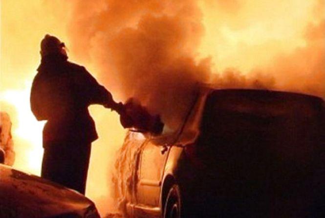 Через несправну магнітолу у Крижополі згоріли «Жигулі»
