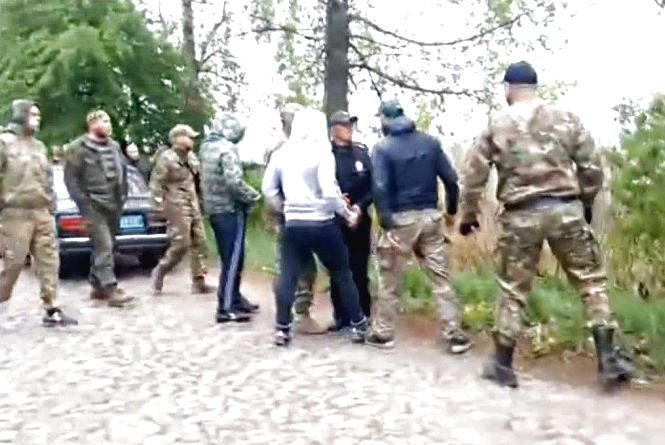 Як у Оратівському районі за землю воюють АТОвці, бізнесмени з Києва та екс-регіонал