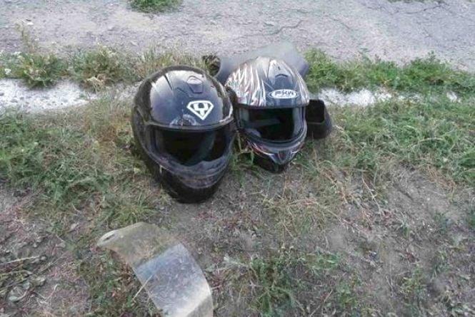 Смертельна ДТП: мотоцикліст обганяв автобус та врізався в «Daewoo»