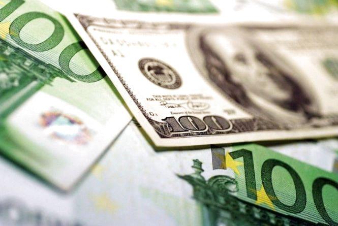 Курс валют на 24 липня: по чому після вихідних долари та євро