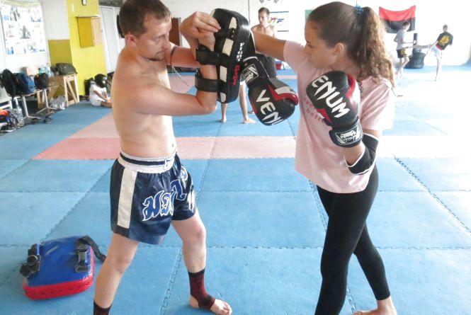 Колишній атовець навчає вінничан таїландському боксу