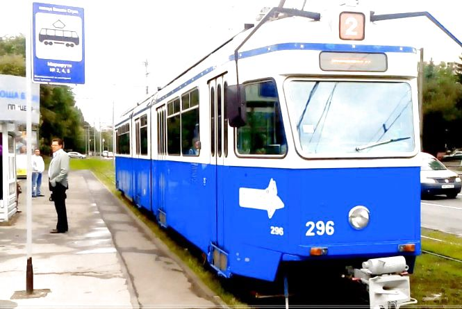 Оксамитовий шлях: На Вишеньку почали ходити трамваї