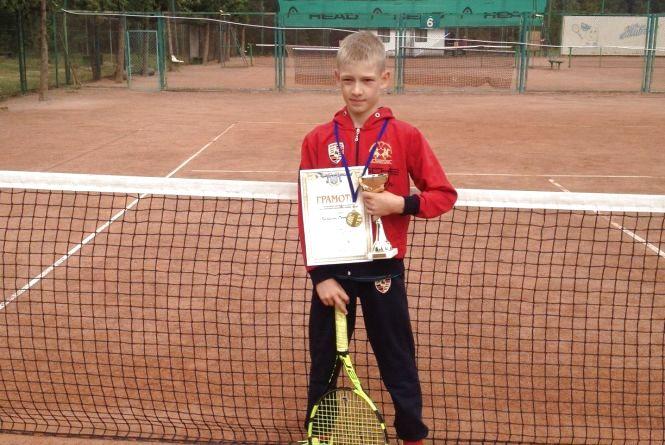Вінницький тенісист виграв турнір у Хмельницькому