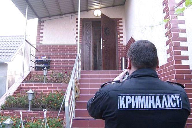 «Взяття сейфу»: в Стрижавці бандити в масках пограбували будинок