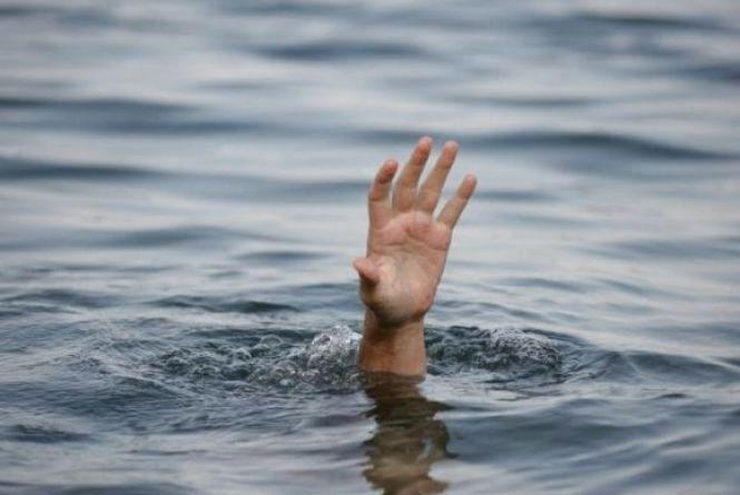 На Вінниччині під час риболовлі втопився священик