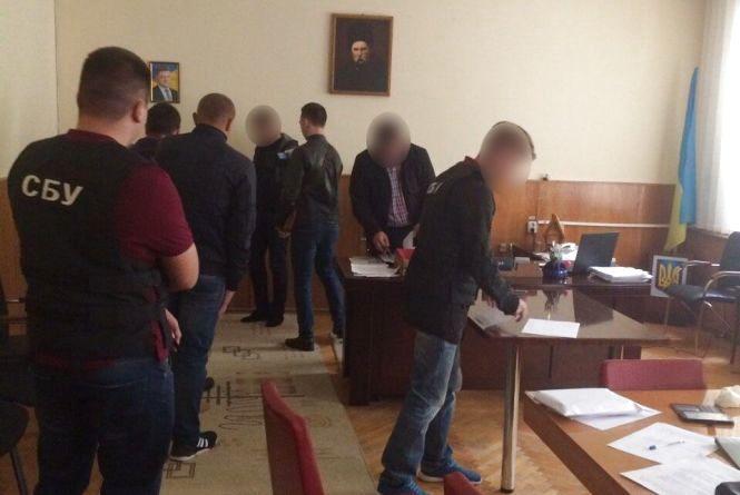 Вінницькому депутату Криську вручили повідомлення про підозру