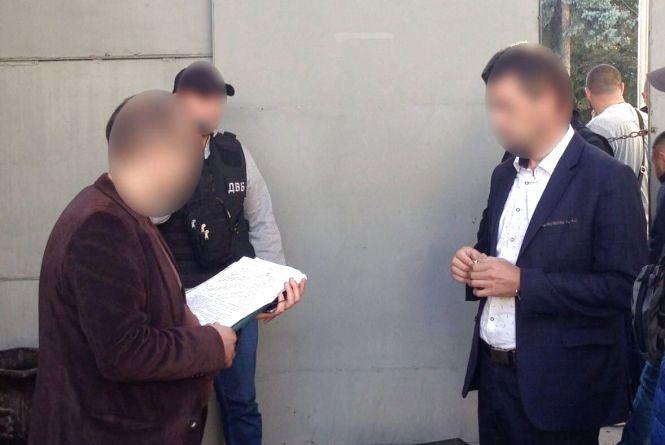 У Вінниці оголосили про підозру підполковнику поліції, затриманому за хабар