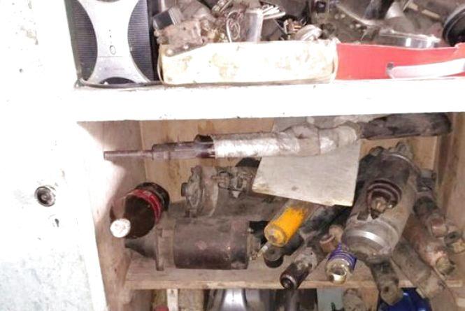 Дві рушниці та понад 60 набоїв ховали вінничани в гаражах. За це «світить» тюрма