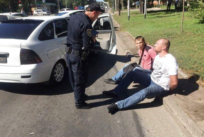На Хмельницькому шосе «взяли» банду крадіїв. Вінницькі водії допомогли