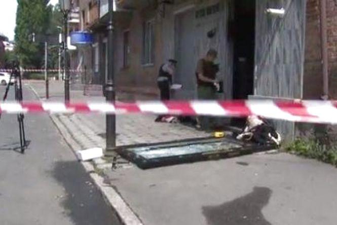Вибух у магазині на Стуса: зловмисників затримали, правоохоронців - нагородили