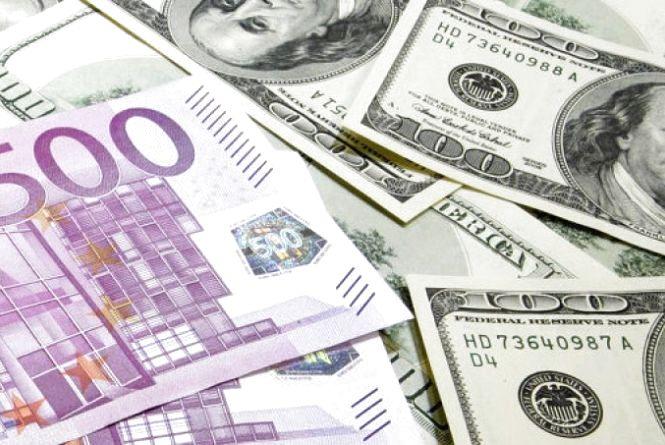 Курс валют НБУ на 19 вересня: євро та долари падають