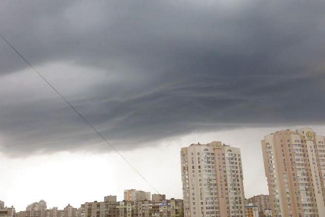 Холод та сильні дощі: синоптик попередила про погодні аномалії в четвер