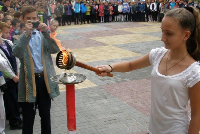 Наш ас спортивної ходьби провів Олімпійський урок у Вінницькій школі № 33