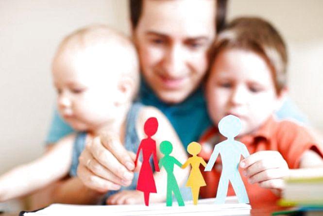 Вінничани всиновили майже 200 дітей. Ще 62 дитини-сироти чекають на батьків