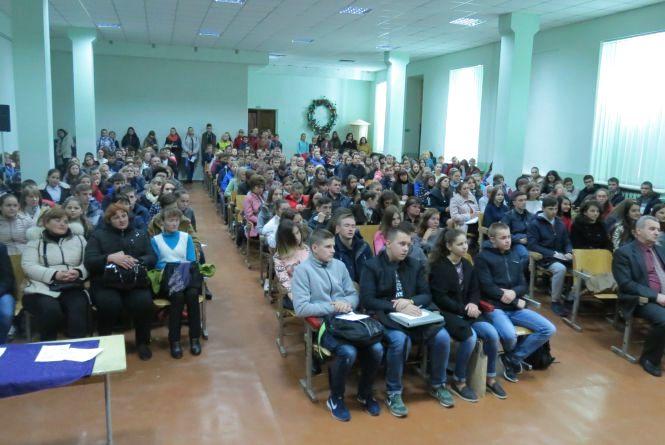 У Вінниці «малі академіки» знову сіли за парти