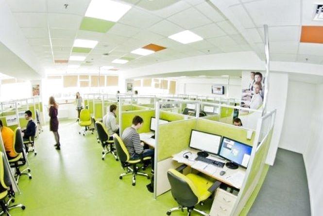 Телефони контакт-центру вінницького пенсійного фонду відключені