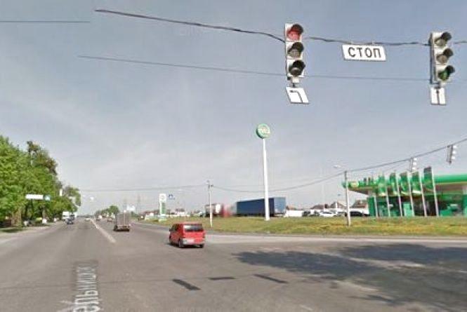 Ремонт дороги біля «Метро»: Вінничанин Курбанбай просить встановити дві смуги
