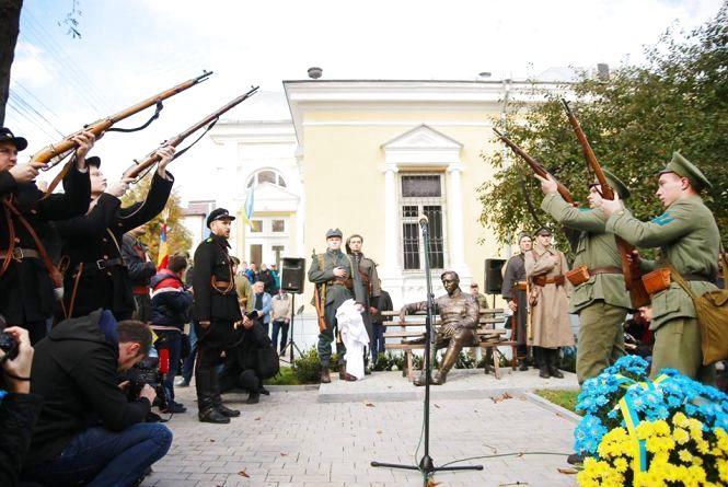 «Не російській владі вказувати, як нам вшановувати героїв», - відповідь Моргунова Путіну