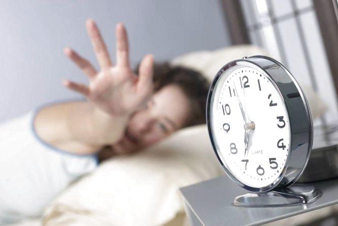 """«Зимовий час"""" в Україні: коли потрібно переводити стрілки годинника"""