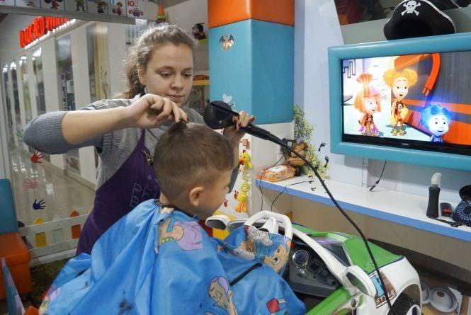 Знижки до 30% в День народження сімейного салону-перукарні «Family style» (Новини компаній)