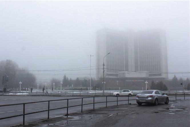 Обідня Вінниця поринула в туман