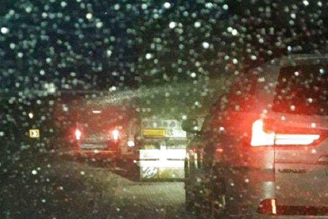 На дорогах Вінниччини обмежили рух для вантажівок. Усе через негоду