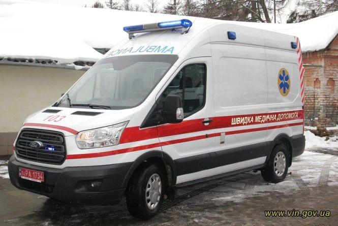 Центр екстреної меддопомоги Вінниччини отримав нове обладнання та реанімобіль