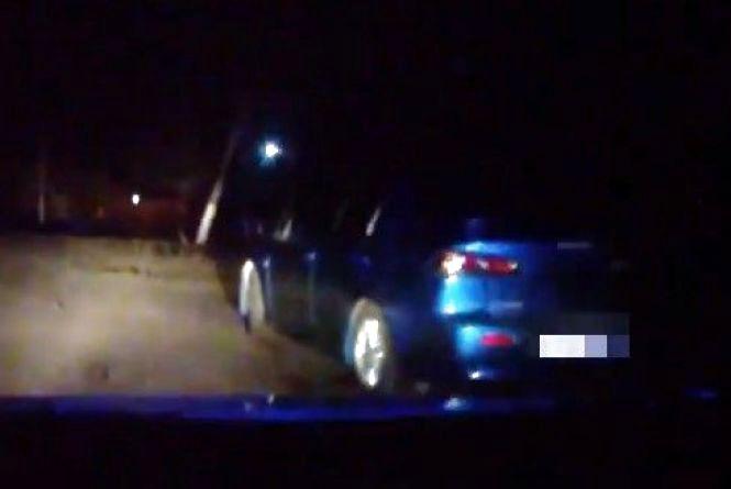 З Вінниці до Калинівки копи гналися за п'яним водієм «Mitsubishi». Виклали відео