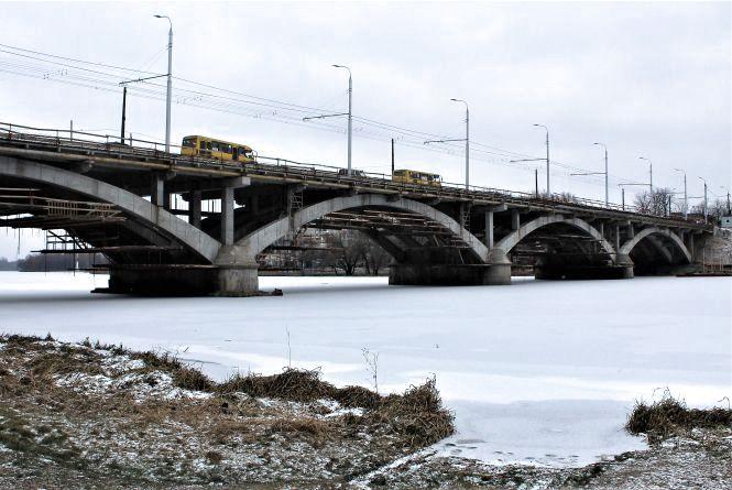 Київський міст готовий на 60%. А заплатили вже за всю вартість ремонтів