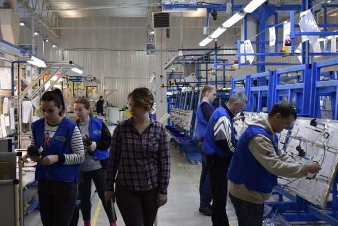 На новоствореному українсько-американському заводі у Вінниці зарплата в'язальників зросте на 18% (Новини компаній)