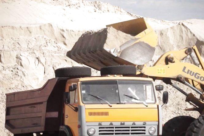 Ямпільчанин накопав піску на понад 40 тисяч гривень. Йому грозить п'ять років в'язниці