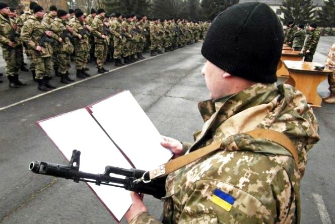 Весняний призов: скільки українців отримають повістки в армію