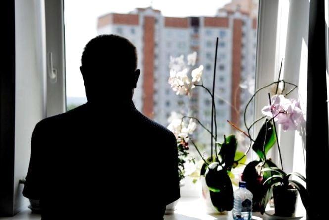 «Вночі думала лягти під потяг». Як живуть вінничани після діагнозу ВІЛ/СНІД