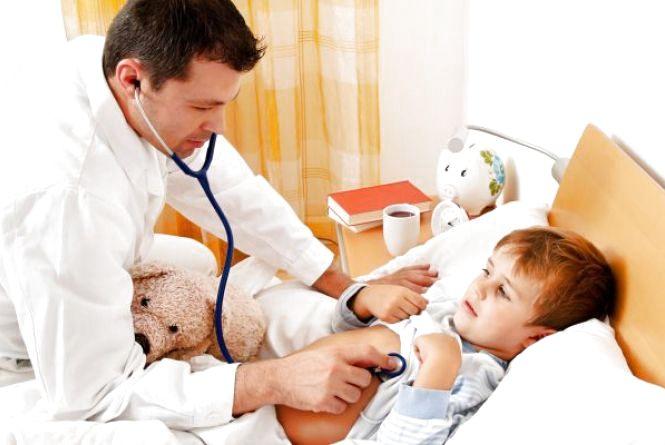 Без звернення в реєстратуру: в Україні змінили правила виклику лікаря додому