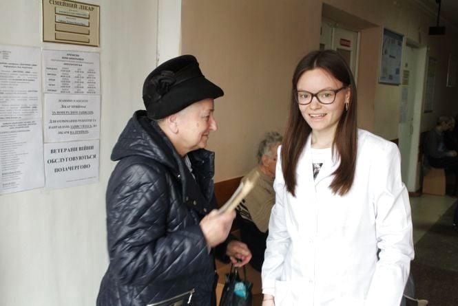 Гроші з бюджету Вінниці дають на ліки, операції та навіть оплату комуналки