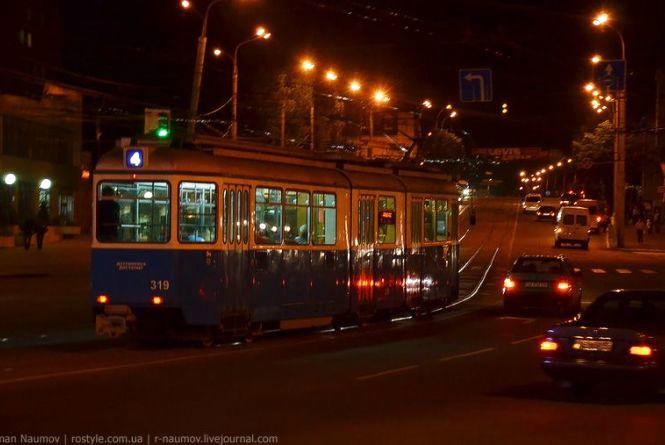 Великодня ніч: вінничан возитиме безкоштовний транспорт (Розклад)