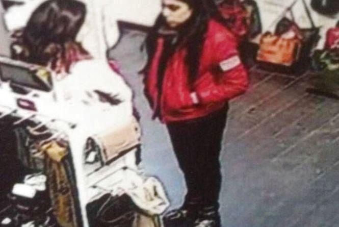 Поліція просить допомогти розшукати молоду дівчину, яка могла стати свідком злочину