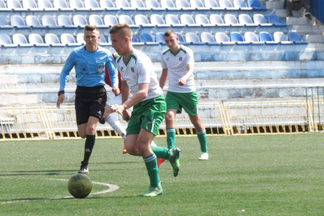 Спортшкола «Прем'єр-Нива» виграла всі чотири матчі туру у футбольній лізі України