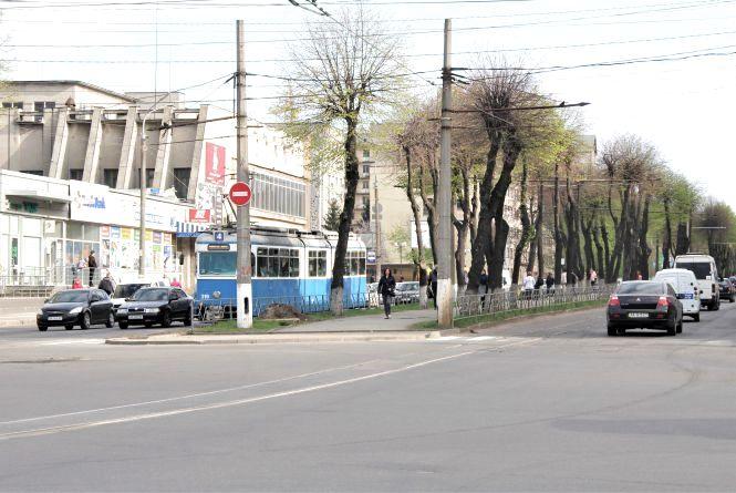 Сакури, велодоріжка і нові дороги. Якою буде Замостянська після реконструкції