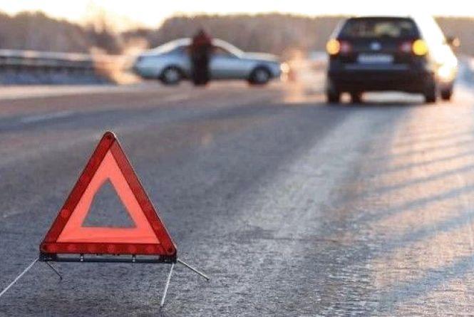 ДТП біля Писарівки: водій на «Opel Vectra» злетів з дороги. Є постраждалі