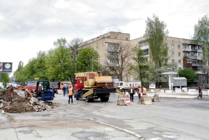 ФОТО ДНЯ: реконструкція проспекту Космонавтів триває