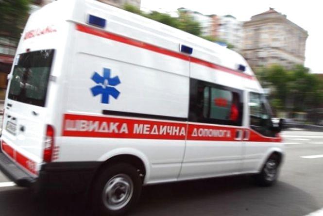 """Вінничанин не пропустив """"швидку"""". За це отримав постанову та штраф"""