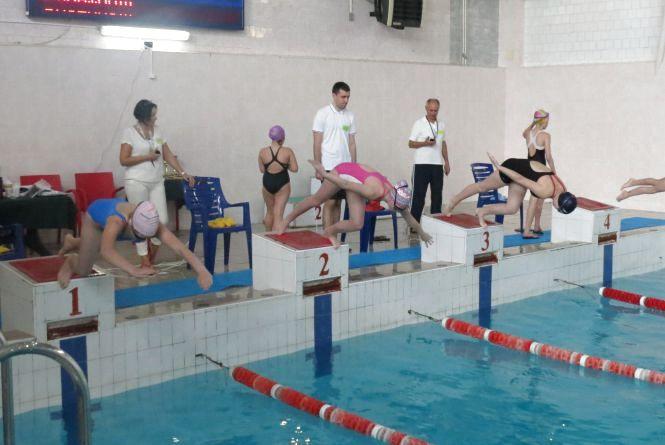 На меморіалі Марії Гавриш з плавання побили рекорд масовості