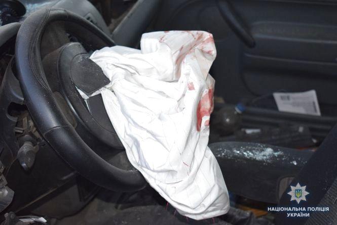 Смертельна ДТП у Немирівському районі: зіткнувся легковик та мікроавтобус