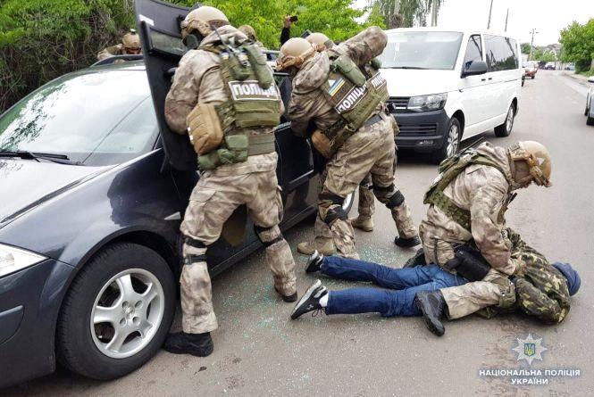 Затримали банду вінницьких спортсменів: попалися на крадіжці мільйону