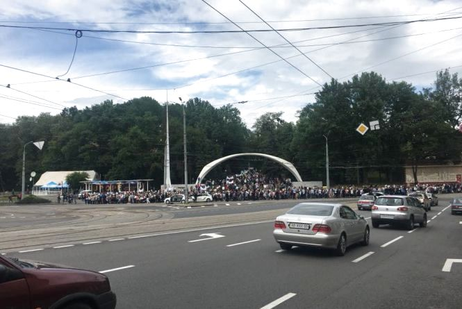 «На захист життя та сім'ї»: центром пройшлося понад п'ять тисяч вінничан