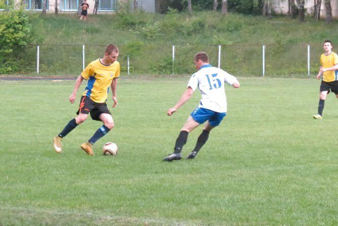 Воротарю чемпіонів області із команди ВДПУ наснилася перемога в серії пенальті